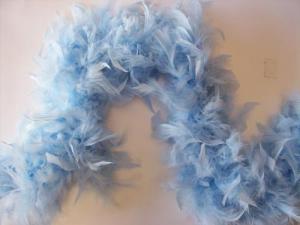 1271789758-feather_boa